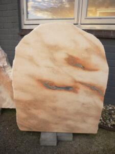 Huisselectie-stenen-uit-de-natuur-AnnaAnna-gedenktekens