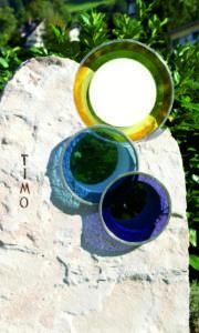 grafsteen met glasornament 2