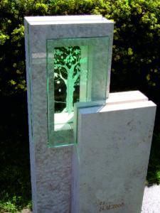 grafsteen met glasornament 3